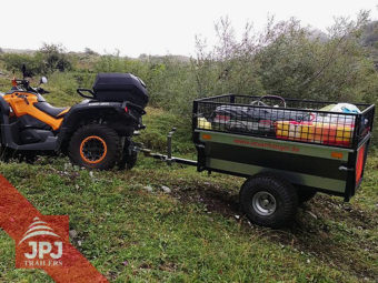 Przyczepa ATV Ogrodnik za roboczym quadem