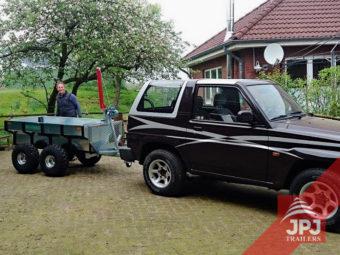 Wielofunkcyjna przyczepa Profi Robotnik do SUV-a